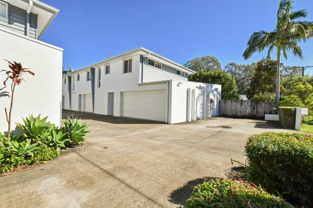 Well positioned close to Maroochydore's CBD and Public Transport system, this spacious Townhouse is the...