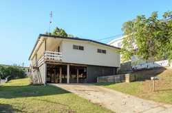 Conveniently located in one of West Gladstone's sought after pockets, this highset duplex is giving...