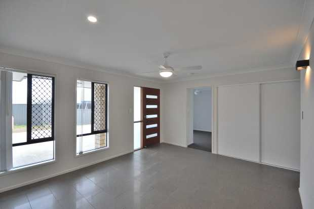 RENTAL - Available 06/07/2020 ... 1/13 Natalia Court ... $360 per week Built to a high standard in...