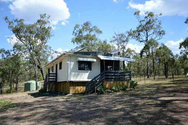 RENTAL - Available now ... Blakes Road ... $300 per week ...  SOLAR POWER (self-sufficient) - Rural...