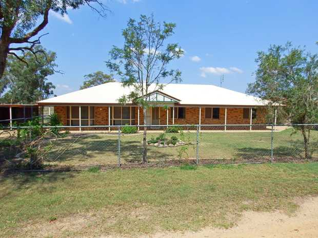 Exclusive Listing. This rare to find 35 Acre (14.2 Ha) lifestyle property situated only 9km from the...