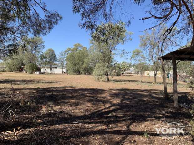 2 x 1/4 Acre Lots of Land Flat cleared Land Ready to build on or utilise space for storage or...