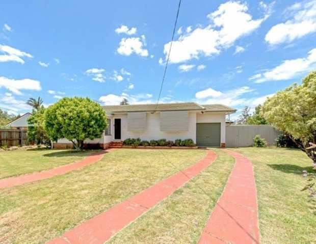 Modern Home with room for the Caravan, Boat or Work Trailer! Modern family home with renovated...