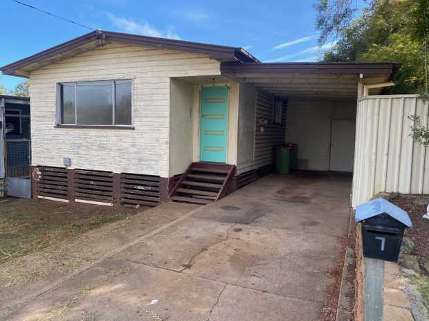 This home is a great opportunity to get into the property market.  Located in a quiet Cul-de-sac in...