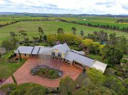 This majestic property is only fifteen minutes from Toowoomba's CBD and less than five minutes from...