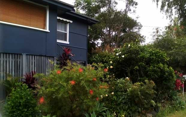 3 Bedroom house only 5 mintues walk to town. Price of $310 per week includes water, electricity and...