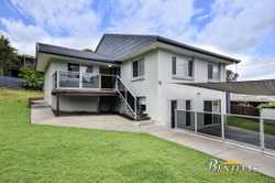 Situated on a large 816 SQM block, and set on two levels the home would be perfect for dual living,...