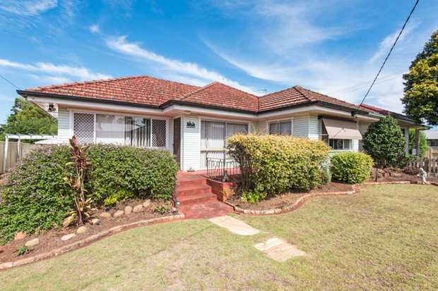 Presenting this original 3 bedroom home in convenient Newtown. Leave the car in the double garage an...