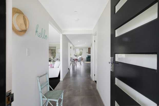 - 4 carpeted bedrooms plus a 5th bedroom or media room  - 2 bathrooms including ensuite - Chef's k...
