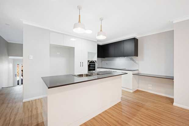 This BRAND NEW 2 bedroom unit built buy Paragon Homes create the perfect sanctuary if you are looking...