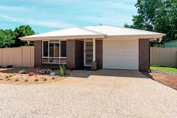 This beautiful lowset brick home located in Harristown is situated in close proximity to The City Go...