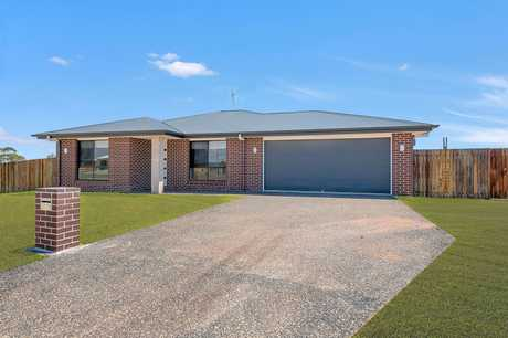 Brand new homes at this price are hard to find, so don't miss your chance to own the great Australian...
