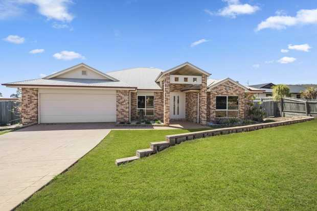 This magnificent huge family home has been hiding away just waiting for you. This expansive Westbroo...