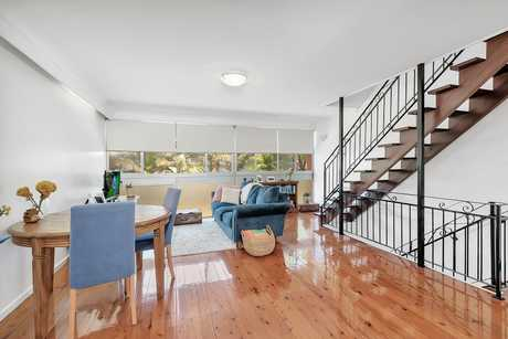 This beautifully inspiring unit is seriously different to the run of the mill! Three levels of...