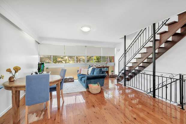 This beautifully inspiring unit is seriously different to the run of the mill! Three levels of conve...