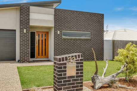 33 Sanctuary Drive, Cranley is like no other home in the area. This property has been exceptionally...