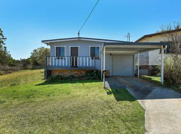 Welcome to 9 Glasgow Street a charming home located in leafy North Toowoomba, in a quiet cul-de-sac...