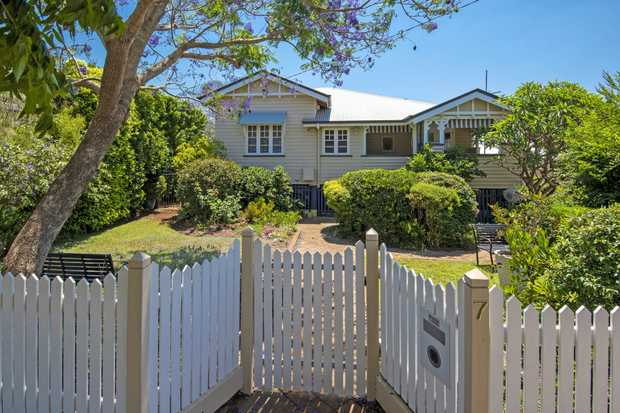 For lovers of 'The Queenslander' style - NOW is your best chance! Offering a perfect balance of space...