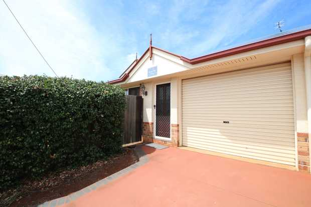 This beautiful brick duplex unit features a modern open plan layout boasting an air-conditioned central...
