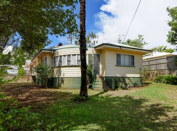 Large blocks of land are becoming harder to find in Toowoomba, but at 30 Ruthven Street you get a...