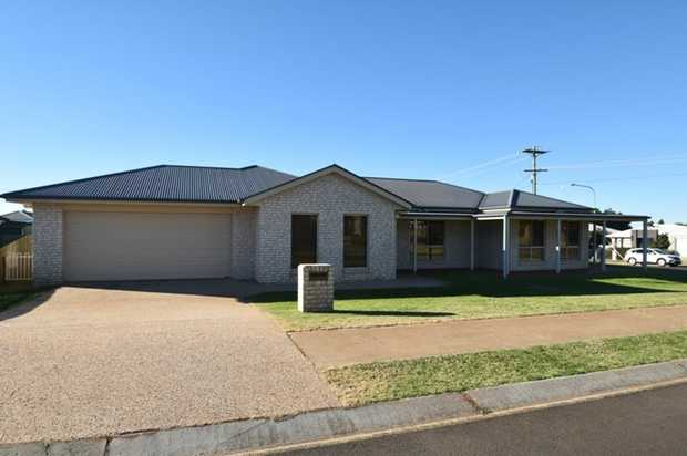 This lowset, modern 4 bedroom brick home on a corner block in Middle Ridge will impress. Located within...