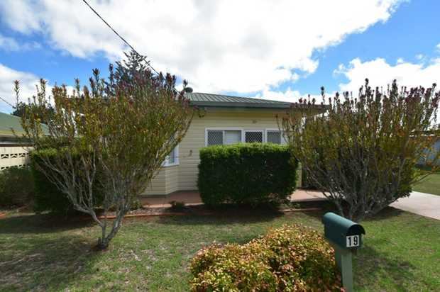 Immaculately presented this lowset home located in a central location in Newtown is sure to...