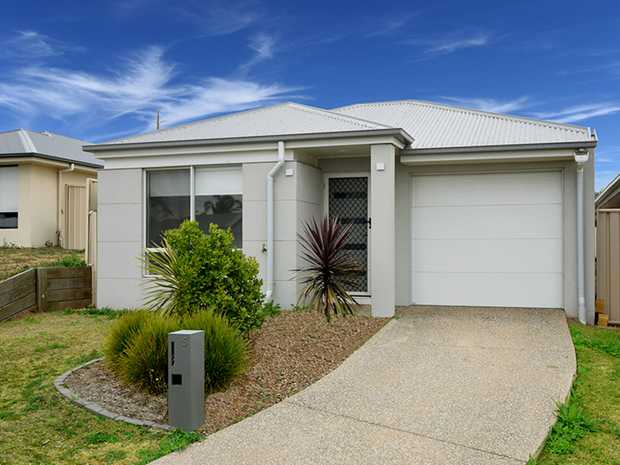 Off Boundary Road, 5 Minnett Street, Glenvale is waiting for you to call it your new home. An ideal...