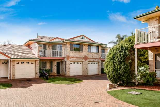 - 2 storey brick & tile townhouse