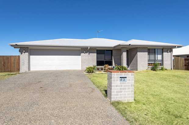 Near new homes at this price are hard to find, so don't miss your chance to own the great Australian...