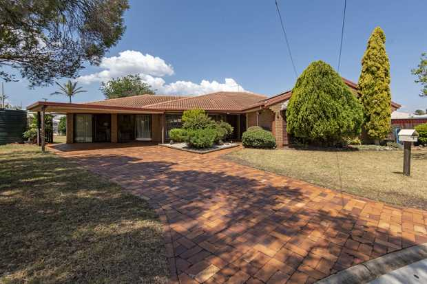 4 Mulga Ct, situated in a cul de sac, currently occupied by house proud retired owners, and 1st time in...