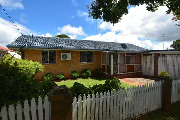 This lowset brick home is situated in popular Kearneys Springs, within walking distance to Ridge...