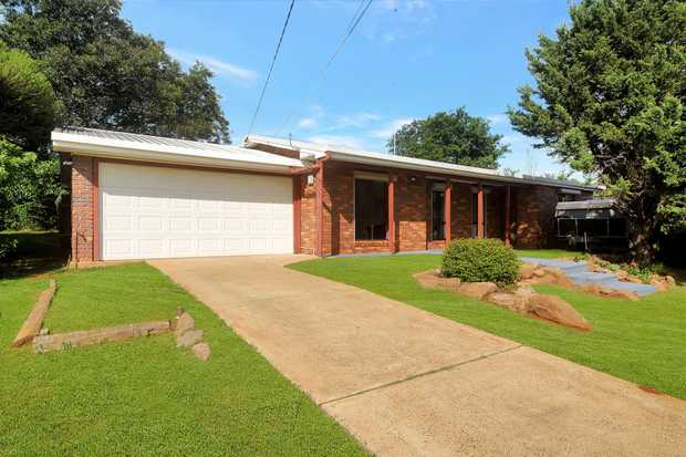 What a Gem! This well positioned brick home on 817m2 will tick all your boxes, sitting in the sought...