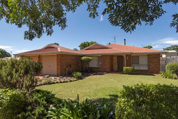An excellent 4 BEDROOM home oriented to capture NORTHERN LIGHT and with main bedroom to front is...