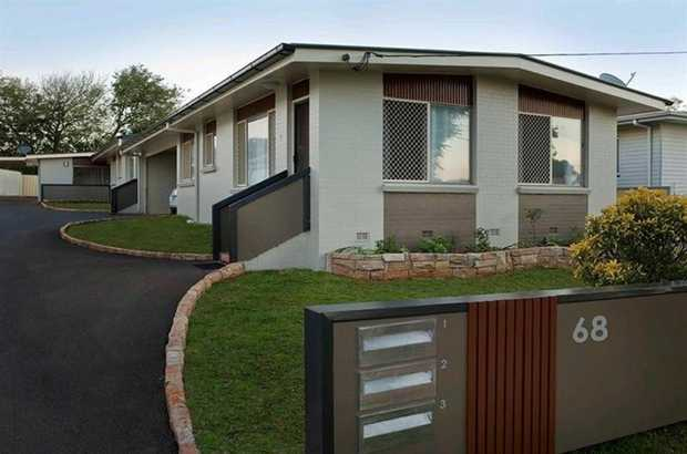 You will be surprised when you inspect this modern unit situated in Harristown and located is in close...