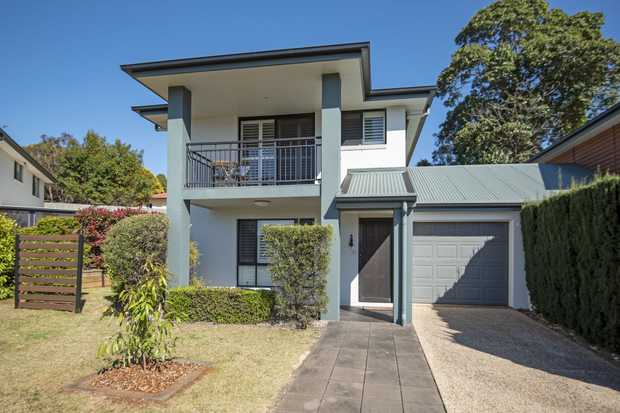 CAPTURING A FANTASTIC PARKLAND OUTLOOK, this two-storey Villa offers secure-gated living for discerning...