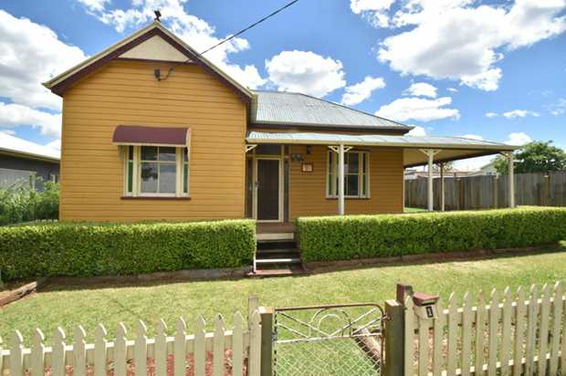 Rarely is there a chance to find a home with such character just minutes from Toowoomba's CBD!  This...