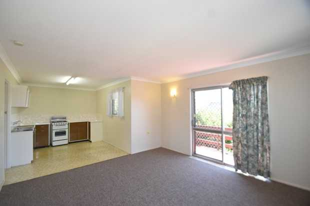 Situated in the heart of Toowoomba City and within walking distance to shopping, restaurants and parks...