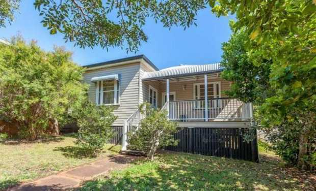 This beautifully renovated 3 bedroom home on a corner block is located in Centenary Heights and is...