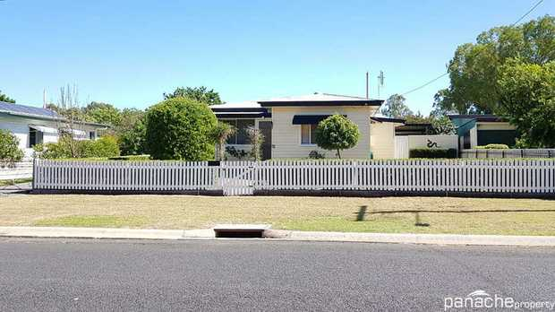 This tastefully renovated family home is located in one of Dalby's most desirable streets - family...