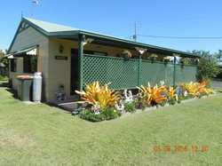 This fully fenced cute property would suit a couple or single person with a pet. The full length fro...