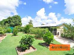 Come and be surprised by this beautiful 2 bedroom sandstone style home situated on a 1014m2 block. L...