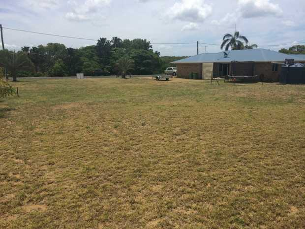 Rare find of 928sqm vacant allotment in Hay Point which is ready for you to build your perfect beach...