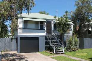 This house will tick all the boxes. Located with convenience to the CBD, shops, schools, parks and t...