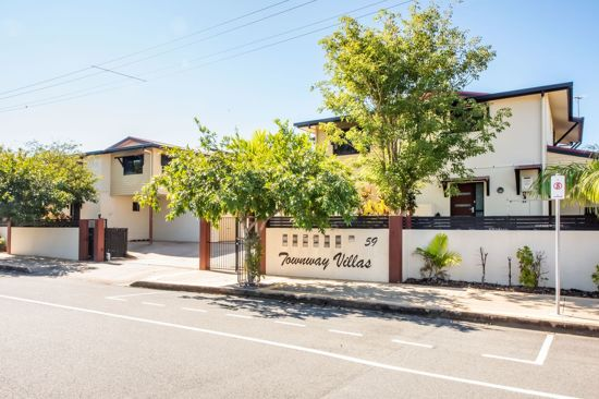 This contemporary 3 bedroom townhouse is immaculate in its presentation and situated in a location that...