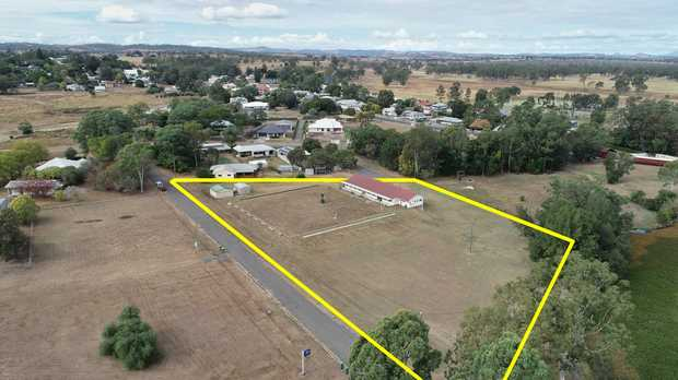 Multitude of uses - 6 allotments, plus huge functional building and sheds on approximately...