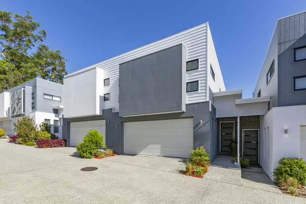 This stylish and modern two level town-home is situated in the prestigious Arcadia at Currumbin Waters.