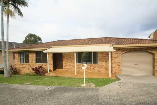 This family home is well located offering quiet living while still being close to local schools, sho...