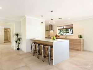 A Modern Country Lifestyle on 4.3ha in Sought After Bonville...