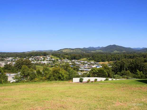 One of the last remaining lots at this premium in town address. A generous 1,000m2 home site, elevat...