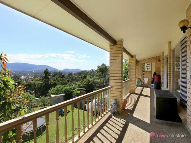Exclusive to NSW Real Estate this spacious home on sought after Aubrey Crescent features up to 4 bed...